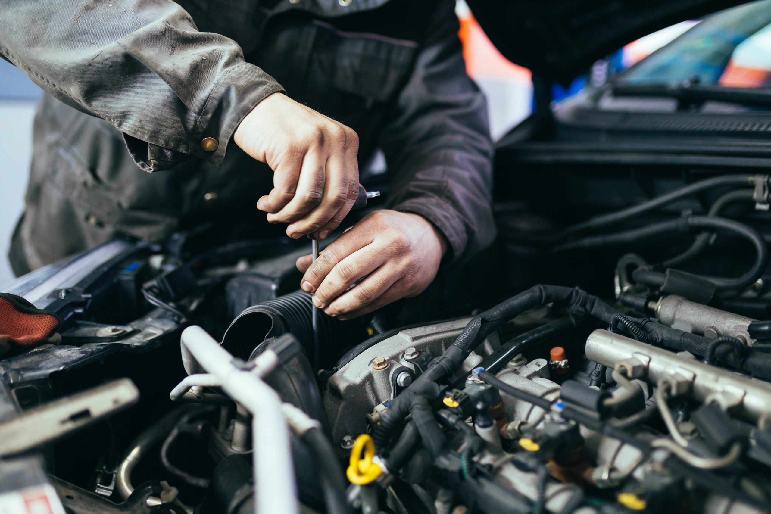 car servicing mechanic garage cheltenham cotswolds gloucestershire